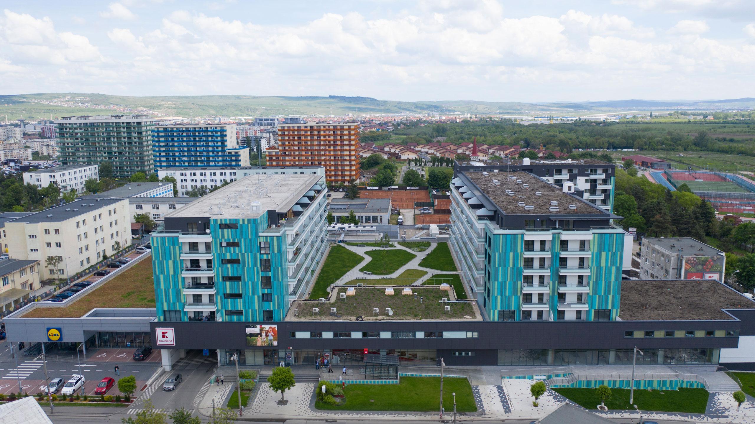 """""""West Side Park"""", ansamblul cu unica fațadă inteligentă din Cluj și cea mai mare terasă suspendată din Transilvania"""